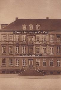 Kaffeehaus Trömel - Neubau am Postplatz 9, Eröffnung 1. September 1883